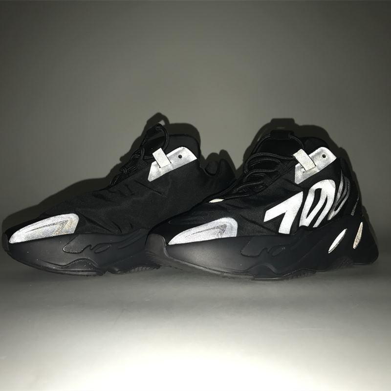 original Yeezy 700 mnvn black