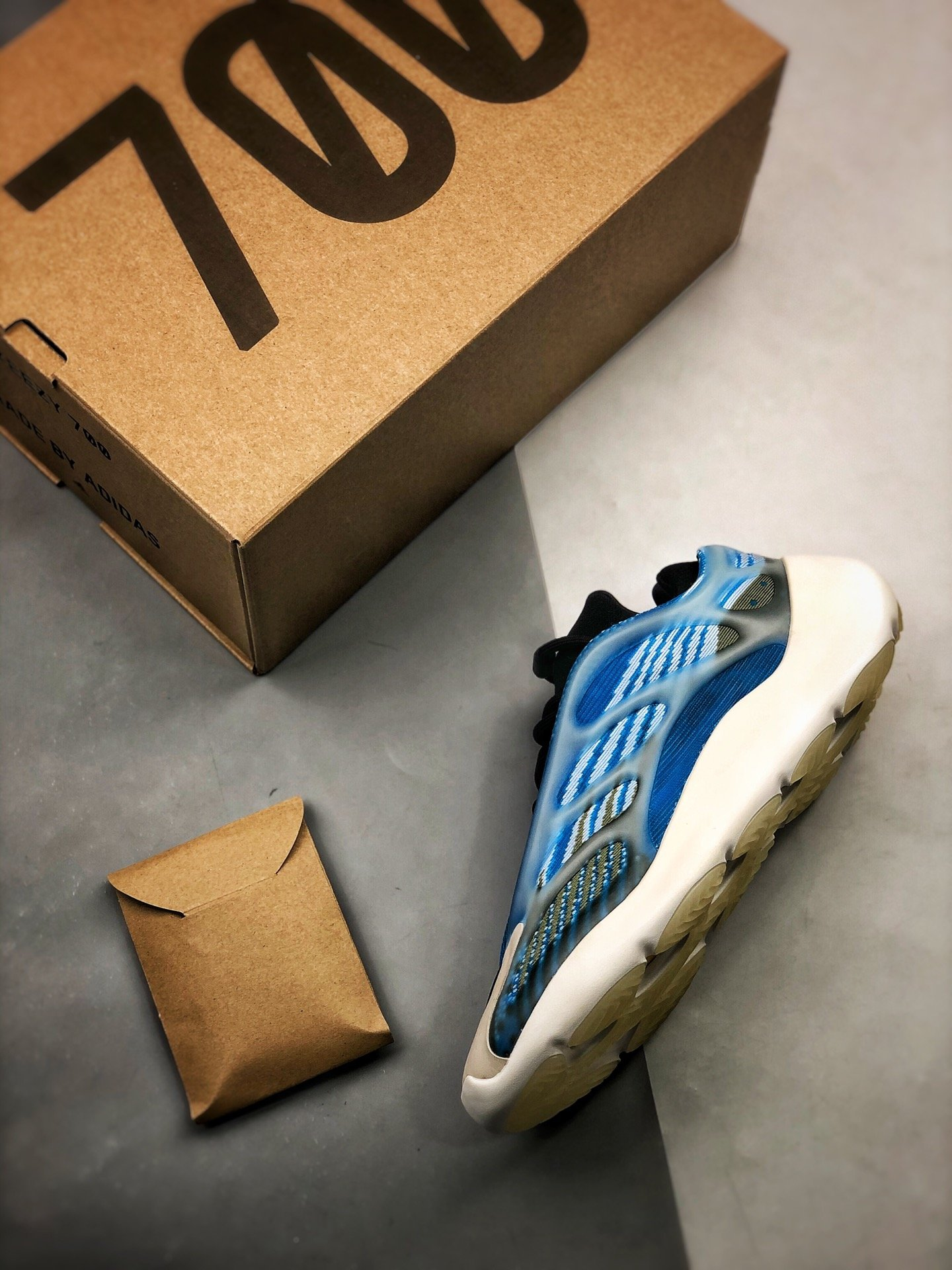 authentic Yeezy 700 v3 box