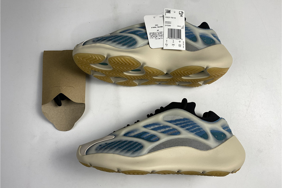 Yeezy 700 V3 Kyanite fake (3)